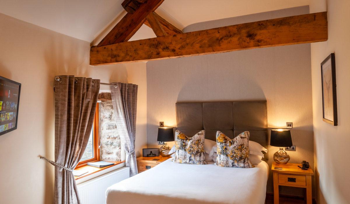 Bedroom 3 - Kinsize bed with shower en-suite