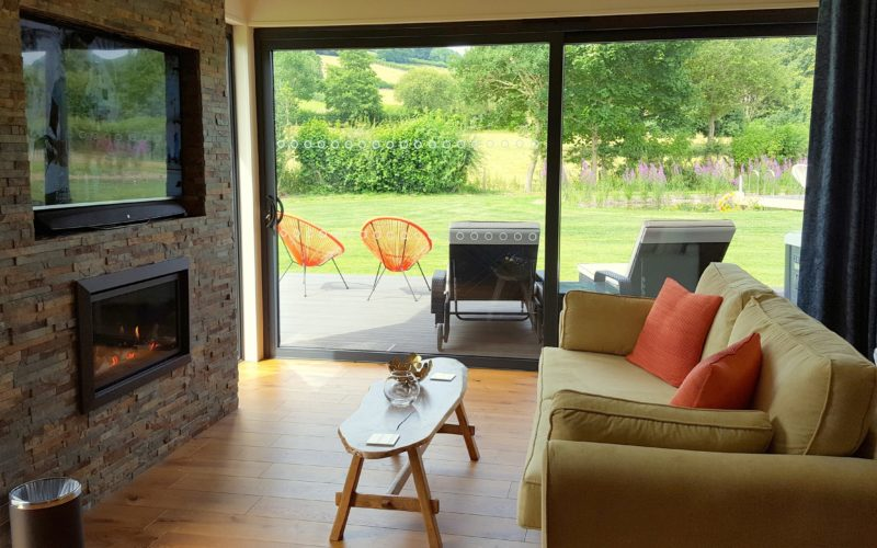 lodges with hot tubs shropshire